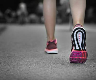 マラソンで気をつけるべき  スネの痛み
